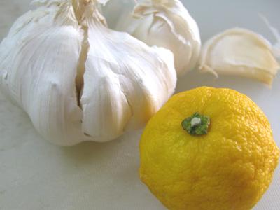 ニンニクひとかけ、小さな柚子