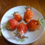 今朝の収穫、イチゴです!
