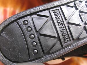 本物‐靴底